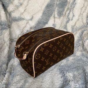 Louis Vuitton King Size Toiletry Bag